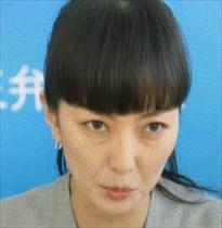 青山弁護士